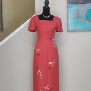 Donna Morgan/ Floral Embroidered/ Maxi Dress